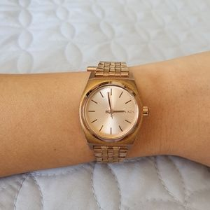 Nixon Watch - The Small Time Teller